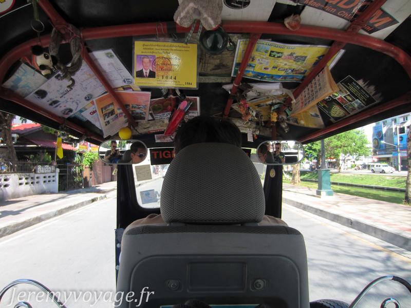 Tuktuk pour aller au temple Wat Rampoeng