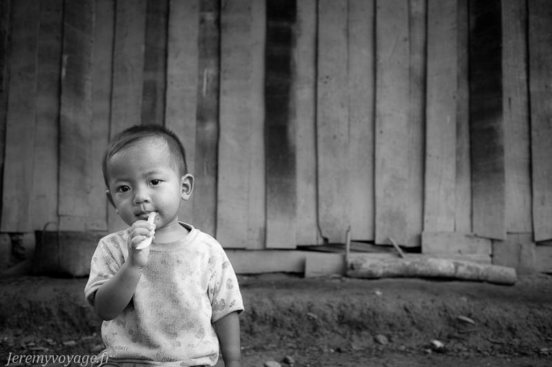 Enfant Laotien